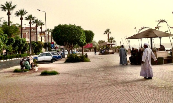 The corniche Luxor resembles a ghost town: empty cafes line the streets, large cruise liners are docked with nobody on board, carriage drivers stand on the Corniche waiting for passengers who never arrive. © Lucy Pawle